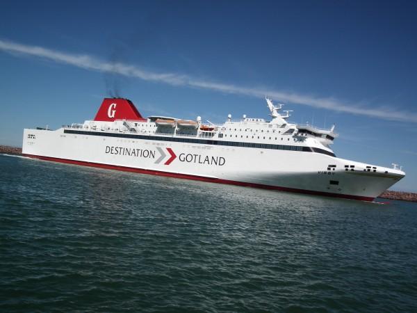 Gotlandsfärjan anlöper till Visby